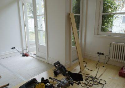 Minervalaan bamboe vloer leggen project - Vitalie aan het werk foto - 2