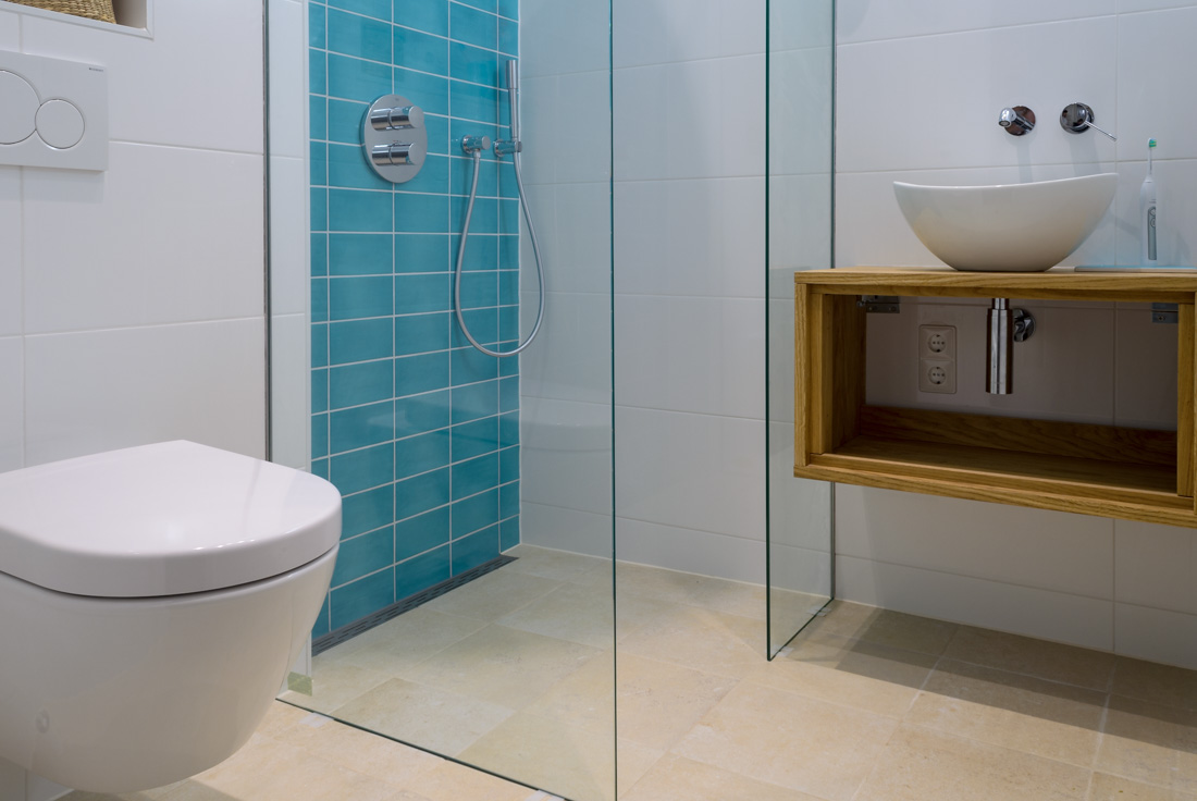 Hoe bespaar ik kosten op een badkamer verbouwing? « Vitalie Interbouw