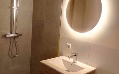 Hoe bespaar ik kosten op een badkamer verbouwing?